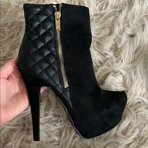 Leather and suede black boots